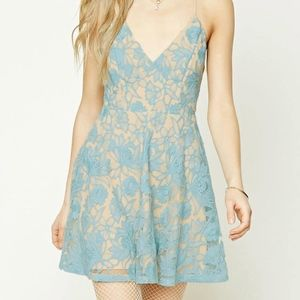 NEW TAGS Forever 21 Embroidered Floral Lace Dress